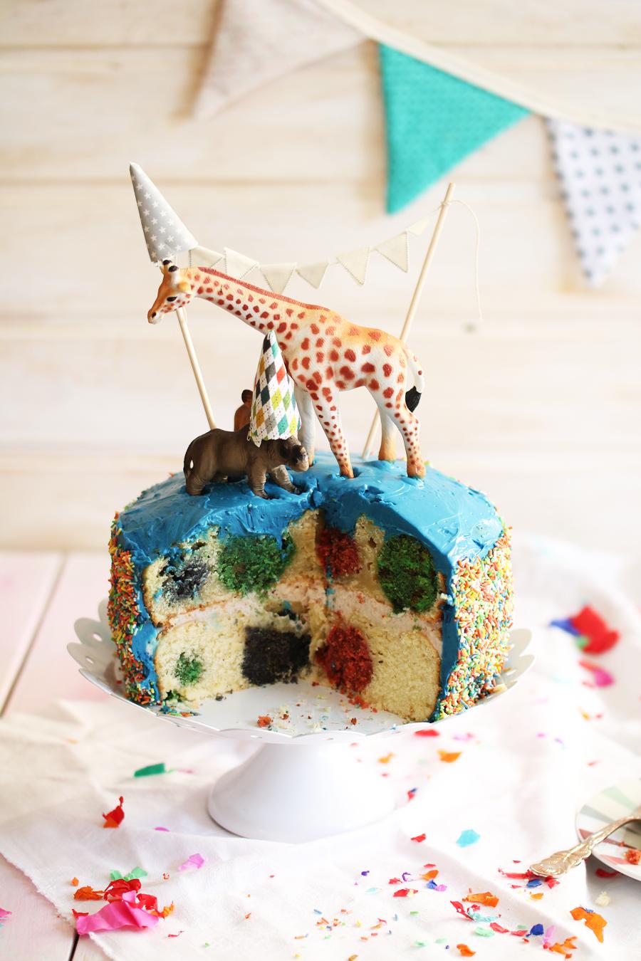Pola-Dot-Cake1
